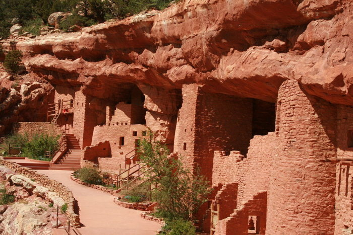 Manitou springs near denver may be most unique city in the for Unique dwellings