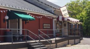 The Mouthwatering Virginia Restaurant That's Actually An Old Train Depot