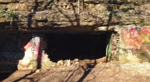 The Haunted Tunnel In Louisville That's Not For The Faint Of Heart