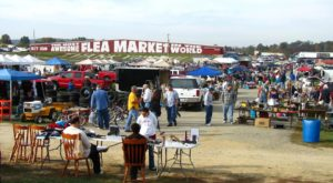You Could Easily Spend All Weekend At This Enormous Kentucky Flea Market