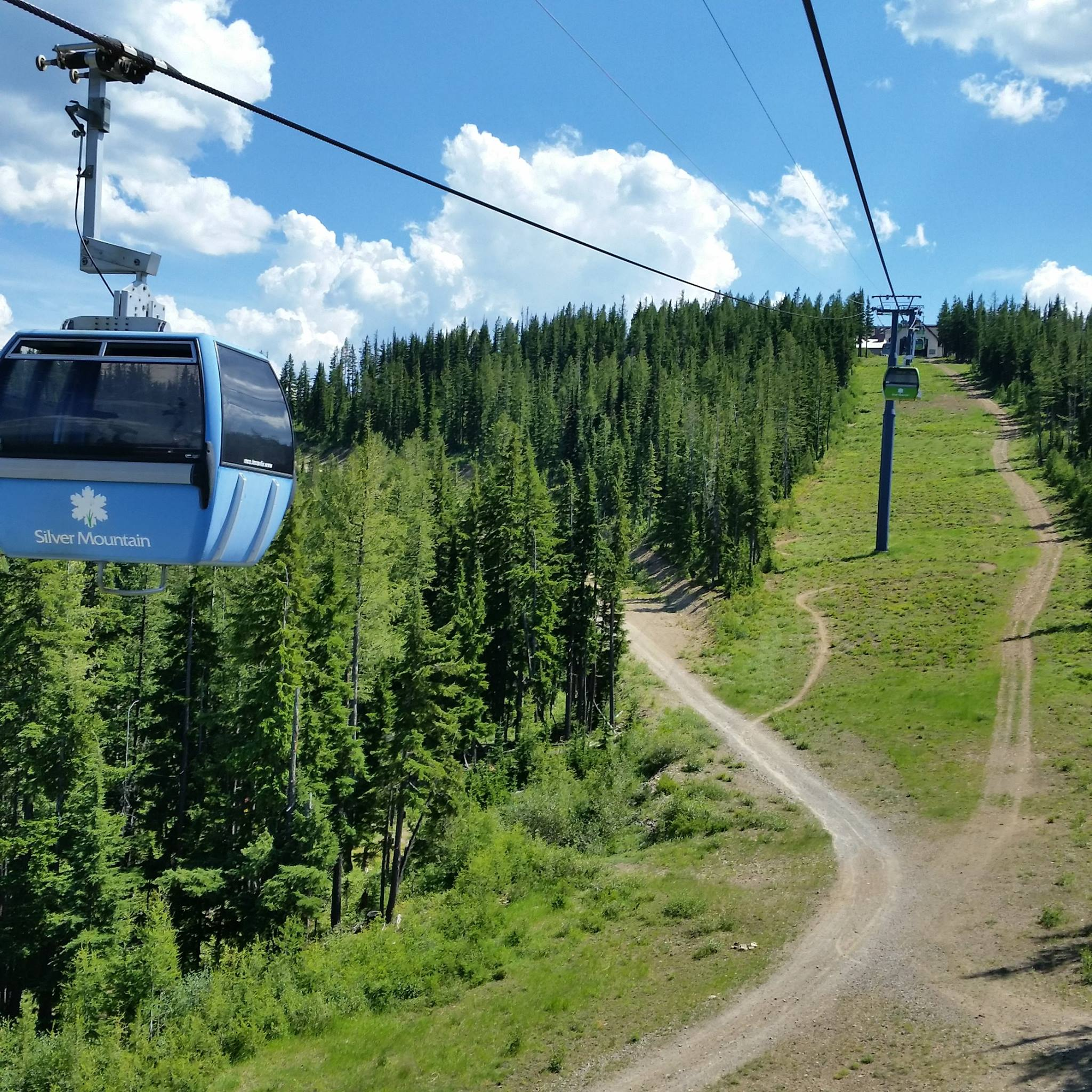 Silver mountain resort in idaho has the longest gondola ride for Silver mountain cabins
