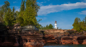 Stay In A Wisconsin Lighthouse For A Truly Unforgettable Experience