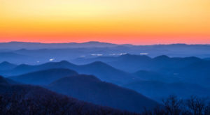 This Overnight Hike In Georgia Is One Of The Coolest Things You'll Do This Summer