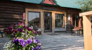 This Rustic Wyoming Lodge Is So Extraordinary, You May Never Want To Leave