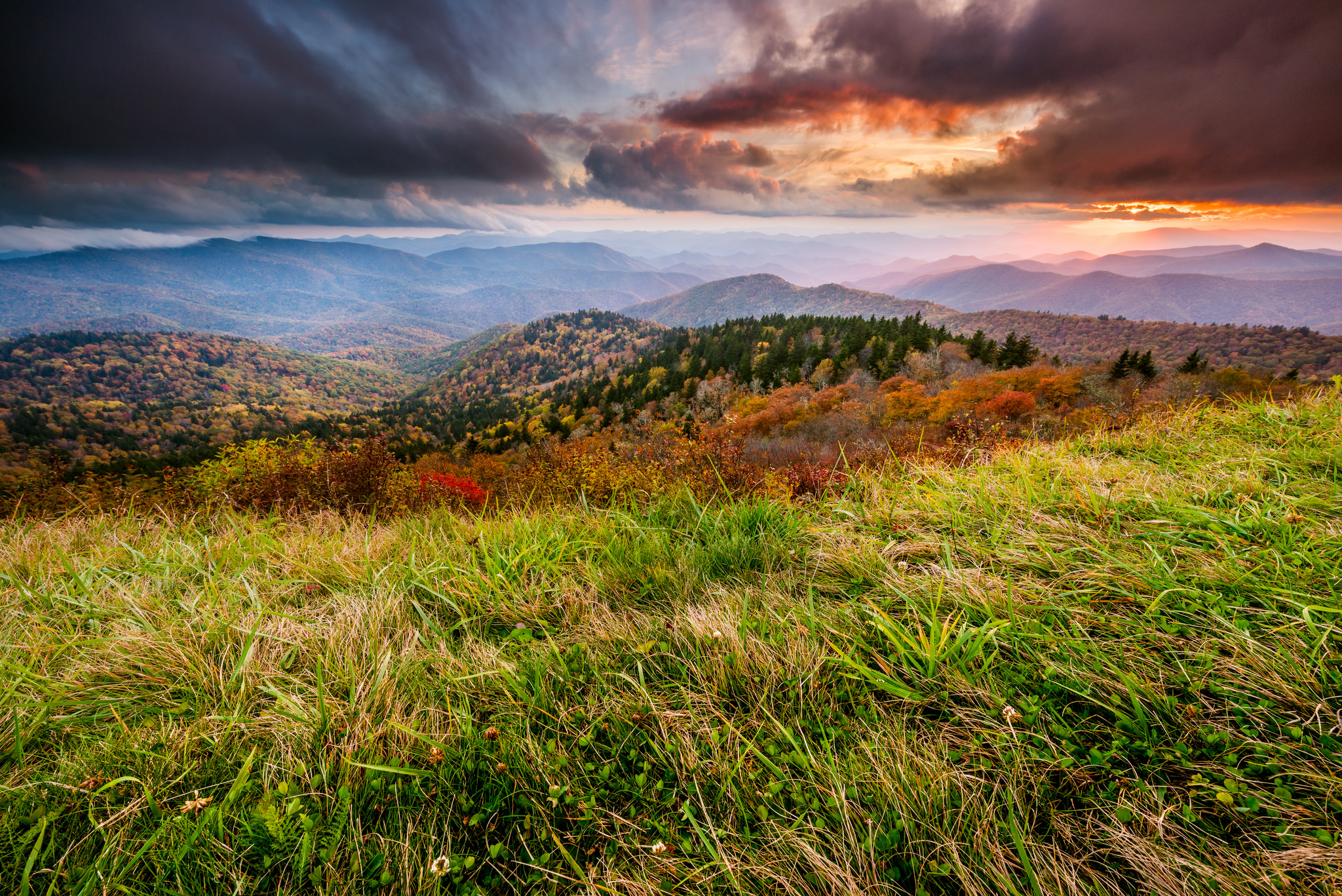 15 Best Places To Stop On The Blue Ridge Parkway North