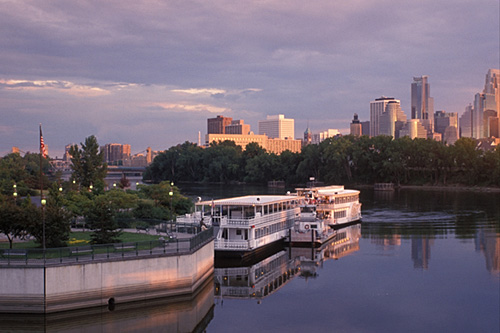 The Best Riverboat Cruises In Minneapolis