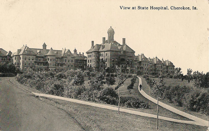 5 Creepy Asylums Iowa That Are Still Standing And Still