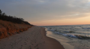 9 Beachfront Hikes In Michigan That Are Perfect For A Summer Day