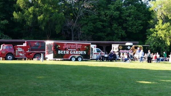 Wisconsin\'s Outdoor Beer Gardens Help You Enjoy the Final Few Days ...