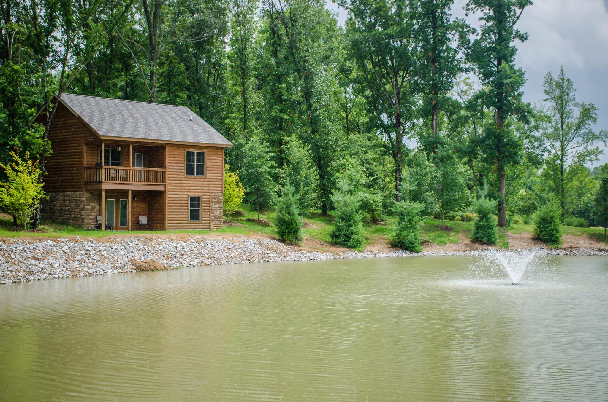 Cabins On Indian Creek Are Waterfront Cabins In Illinois