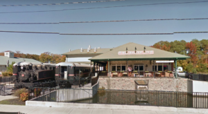The Train-Themed Restaurant In Delaware That Will Make You Feel Like A Kid Again