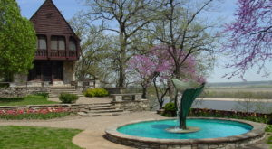 The Missouri Park That Will Make You Feel Like You Walked Into A Fairy Tale