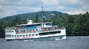 8 New Hampshire Boat Rides To Take For An Unforgettable Adventure On The Water
