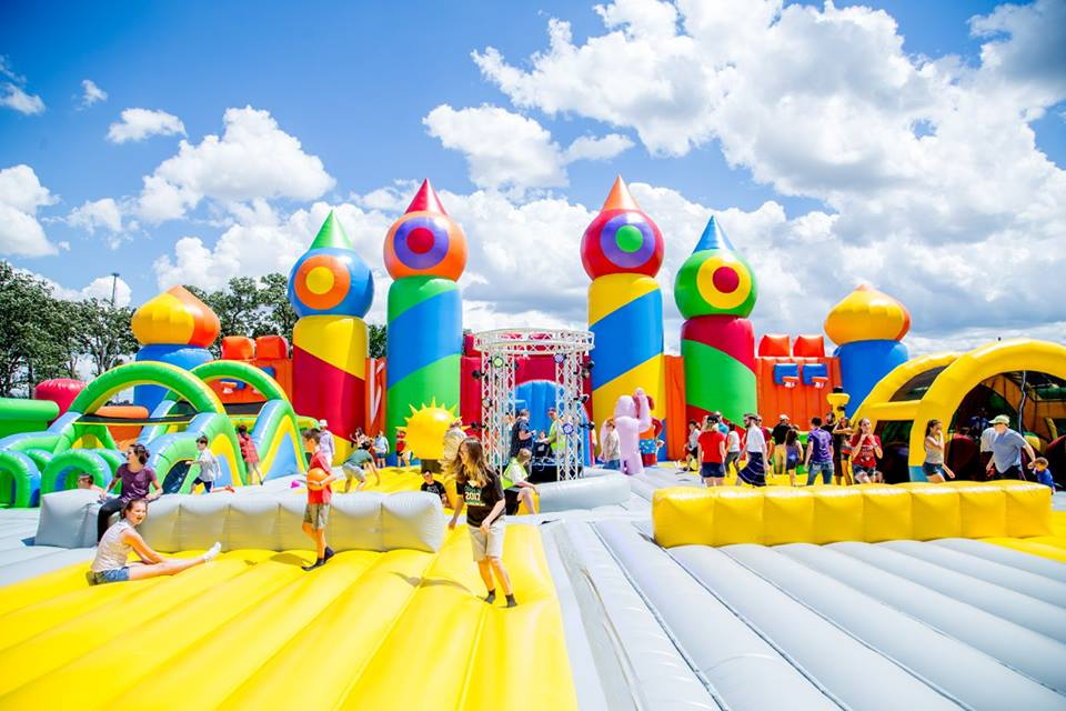 The World S Largest Bounce House Is Coming To Texas In 2017