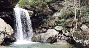 The Hike In Kentucky That Takes You To Not One, But TWO Insanely Beautiful Waterfalls