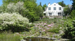 This Gorgeous Estate Shows Off New Hampshire At Its Finest