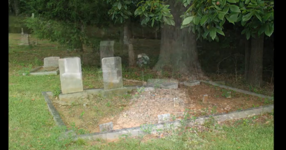 Hells Gate Is The Most Haunted Cemetery In South Carolina