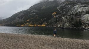 The One Hikeable Lake In Montana That's Simply Breathtaking In The Fall