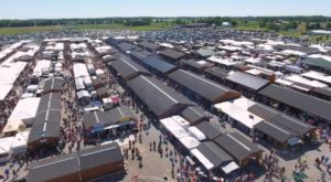 You Could Easily Spend All Day At This Enormous Indiana Flea Market
