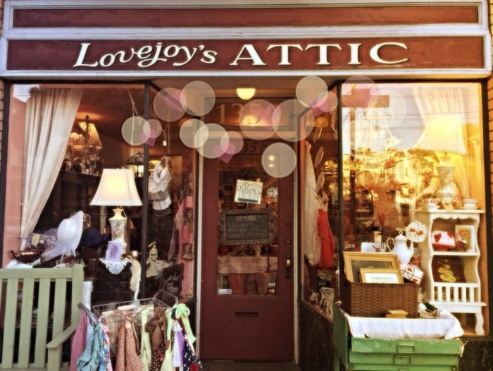 This Road Trip Will Take You To The Best Antique Stores Near San Francisco