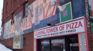 The Little Hole-In-The-Wall Restaurant That Serves The Best Pizza In Ohio