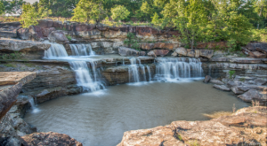 You've Probably Never Heard Of This Amazing Waterfall Hiding In Oklahoma