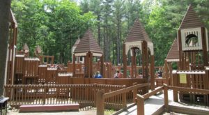 7 Amazing Playgrounds In New Hampshire That Will Make You Feel Like A Kid Again