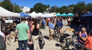 6 Must-Visit Flea Markets In Boston Where You'll Find Awesome Stuff