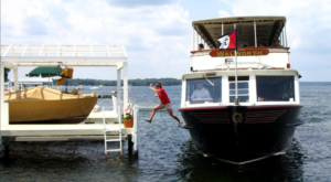 This Wisconsin Mailboat is One of the Last in the World and You Can Ride It