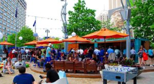 10 Amazing Outdoor Patios To Lounge On In Detroit Right Now