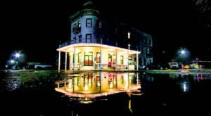 These 7 Haunted Hotels In Kansas Will Make Your Stay A Nightmare