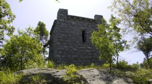 The One Trail In New Jersey That Will Lead You To Extraordinary Abandoned Ruins
