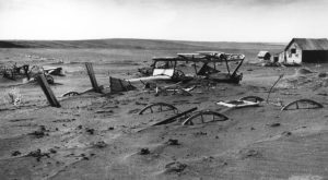 These 9 Photos From South Dakota's Dust Bowl Will Break Your Heart