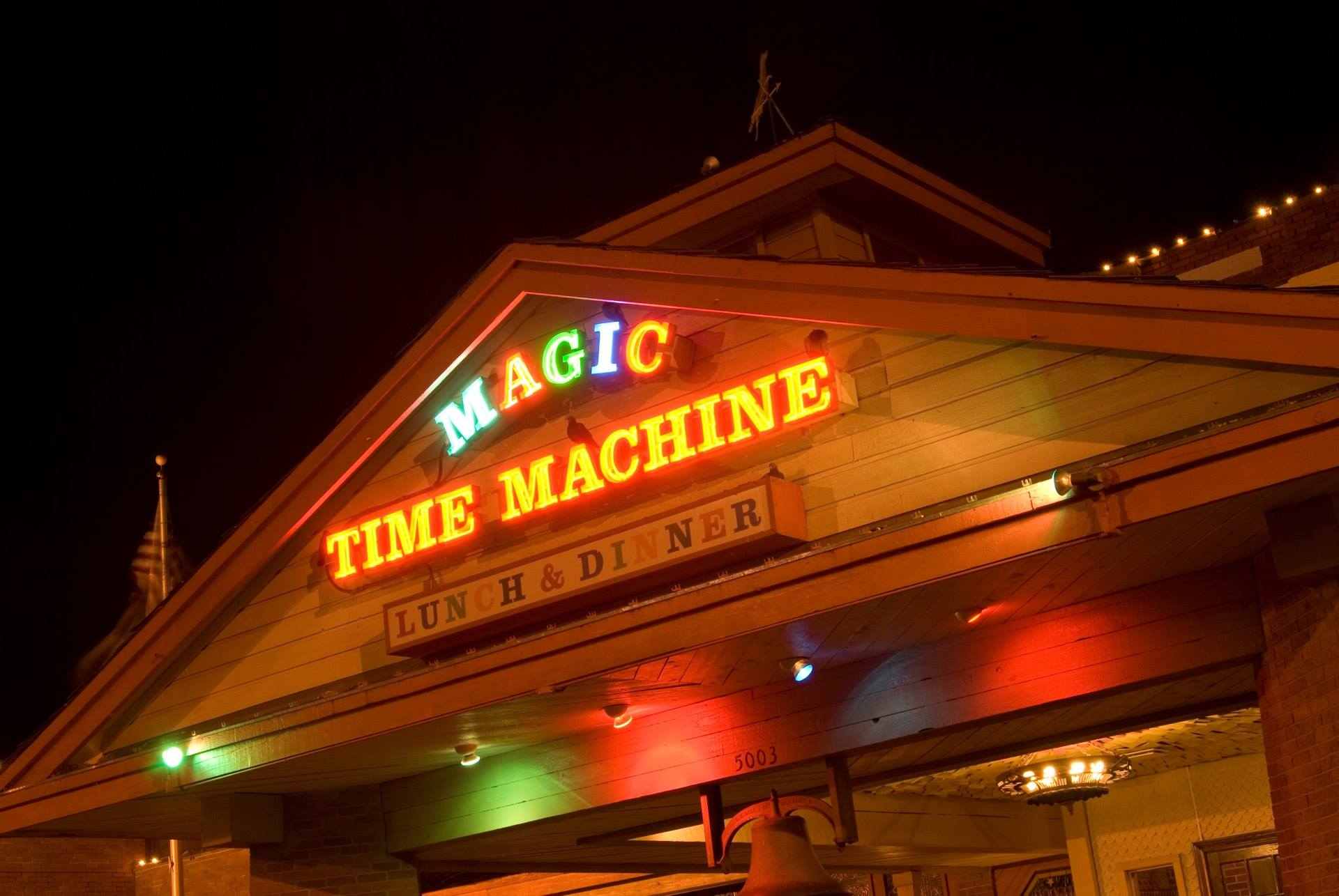 Magic Time Machine Is Most Whimsical Restaurant In Dallas