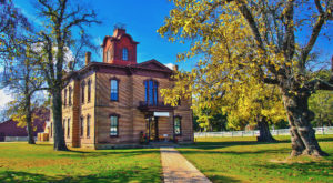 9 Underrated Arkansas Towns That Deserve A Second Look