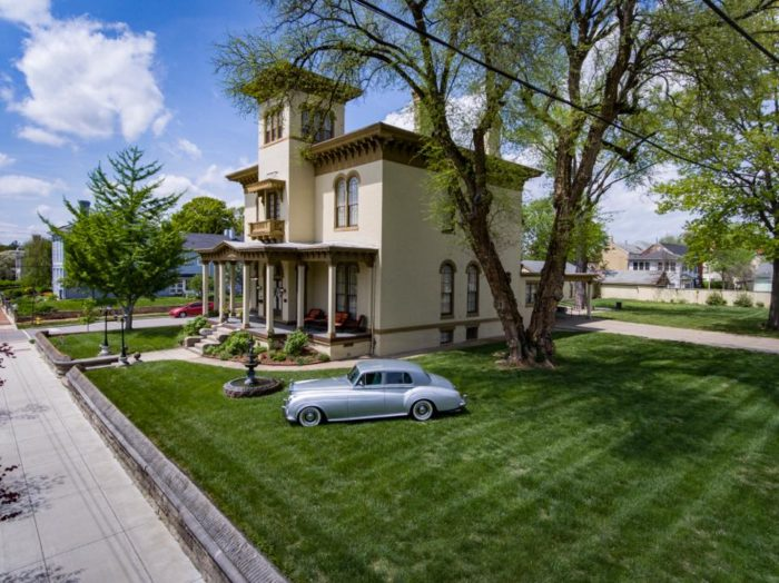 The Pepin Mansion Historic Bed Breakfast