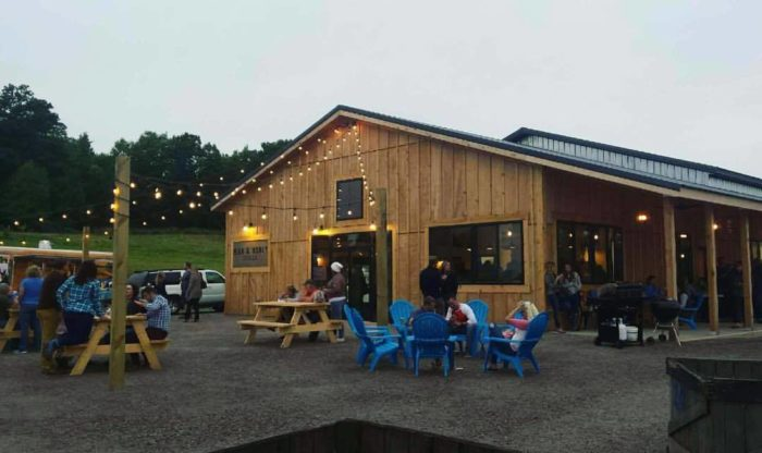 These 9 Charming Cider Mills In Minnesota Will Have You