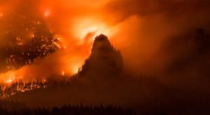 Wildfires Are Raging Through This Beloved Natural Wonder In Oregon And It's Beyond Heartbreaking