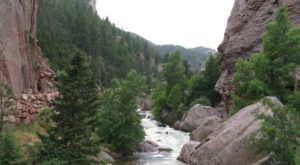 A Blue Oasis Is Hiding In This Desolate Canyon In Colorado