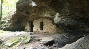 8 Cave Trails In Arkansas That Will Transport You To Another World