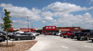 10 Reasons Everyone Should Love The Best Grocery Store In Texas