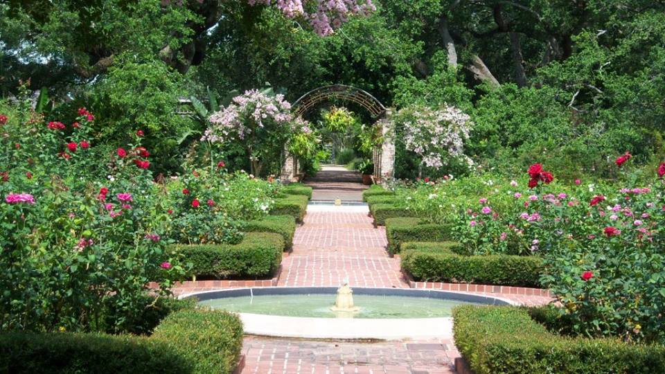 These Botanical Gardens In New Orleans Will Enchant You