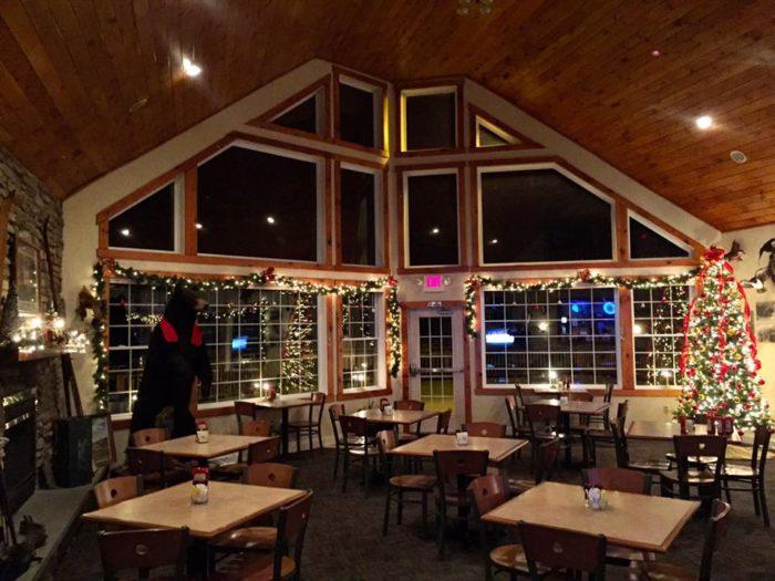 Hotel Manor Restaurant: This Pennsylvania Restaurant Is So ...