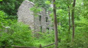 The One Trail In Pennsylvania That Will Lead You To Extraordinary Abandoned Ruins
