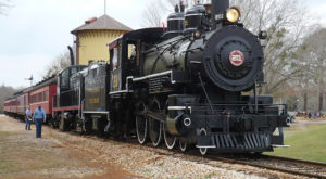 This Old-Fashioned Train In Texas Is The Only One Of Its Kind Left In The Entire World