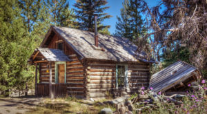 You Can Spend The Night At These 4 Spooky Ghost Towns In Montana