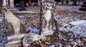 11 Disturbing Cemeteries Around Kansas City That Will Give You Goosebumps