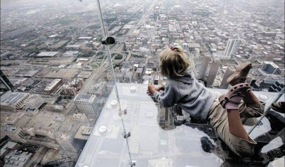 Willis Tower Has Best Glass Bottom Skydeck In Chicago