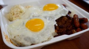 The Unassuming Restaurant In Hawaii That Serves The Best Loco Moco You'll Ever Taste