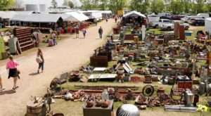 You Could Easily Spend All Weekend At This Enormous Texas Flea Market